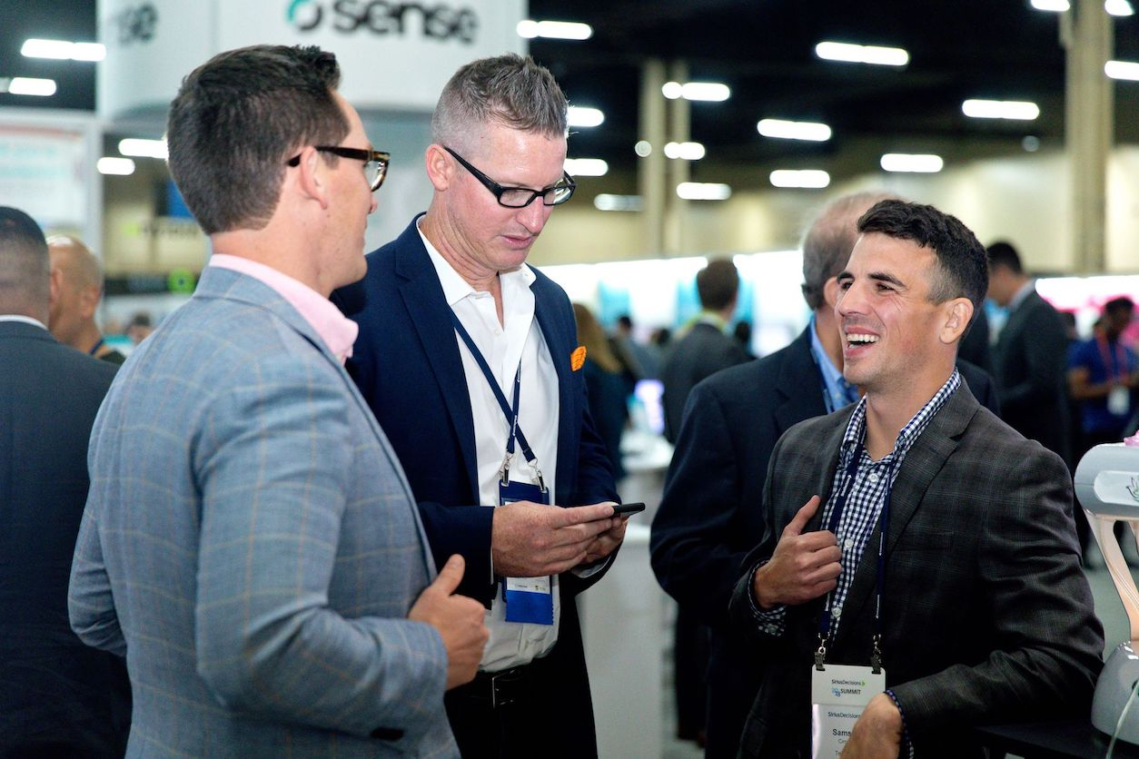 Sales operations leaders at SiriusDecisons Summit Marketplace